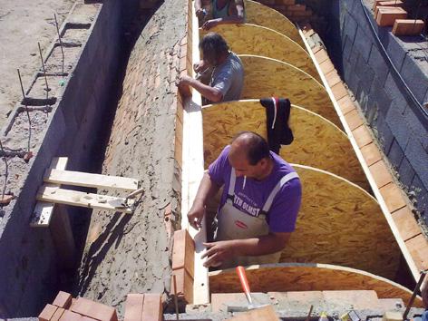 Családi ház pince építés
